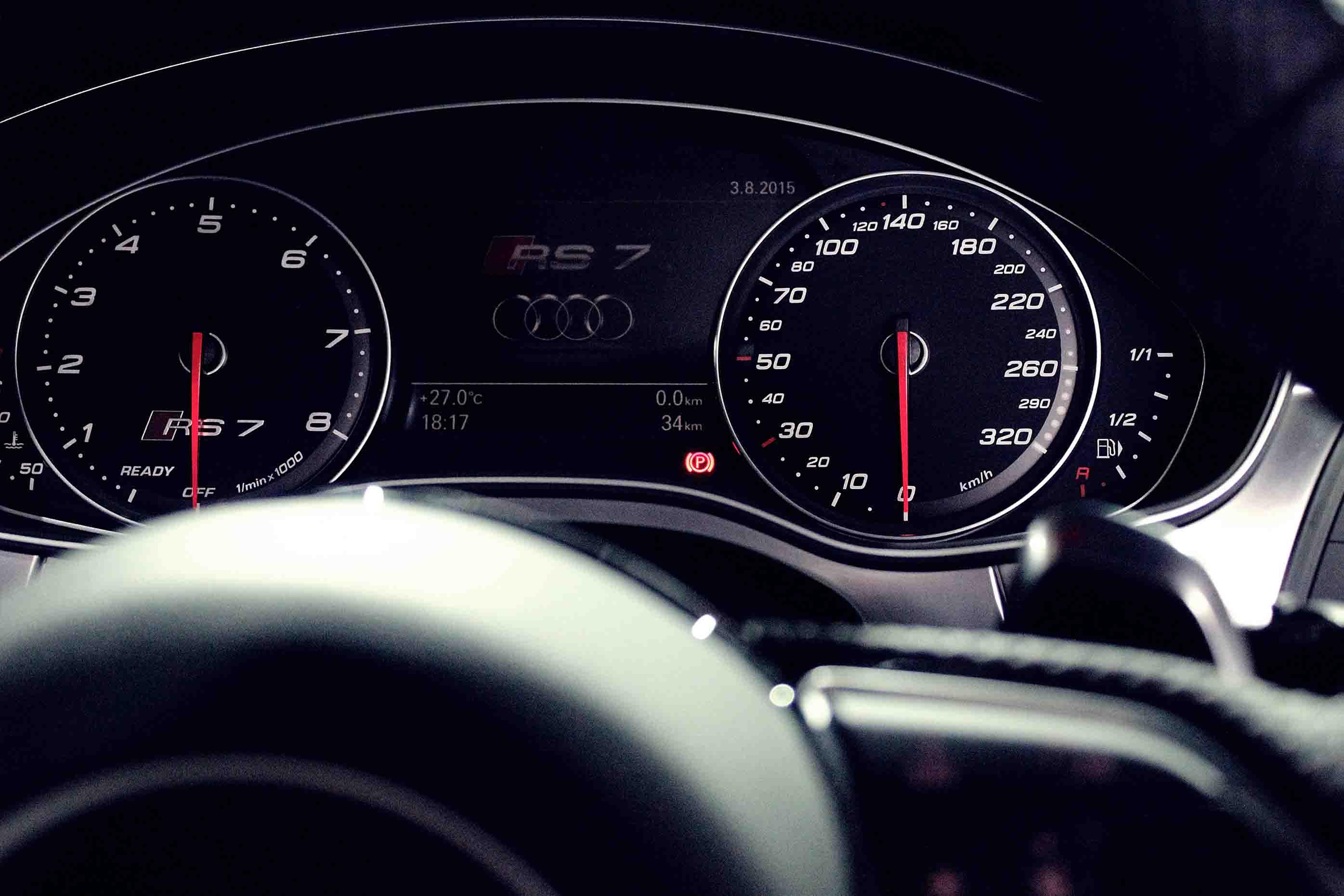 Audi RS7 Speedometer Close Up
